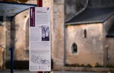 Panneau du parcours mémoriel de Lézigné